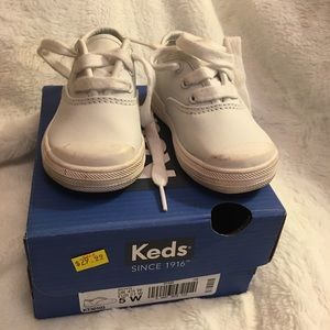 Size 5 Toddler Keds